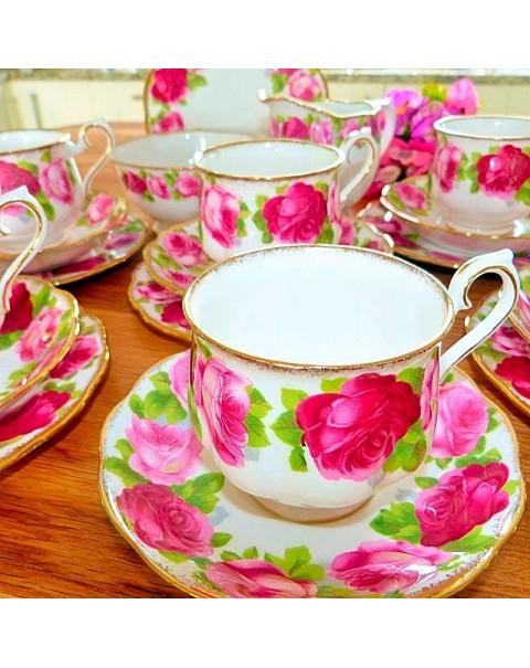 (OUT OF STOCK) ROYAL ALBERT OLD ENGLISH ROSE TEA SET